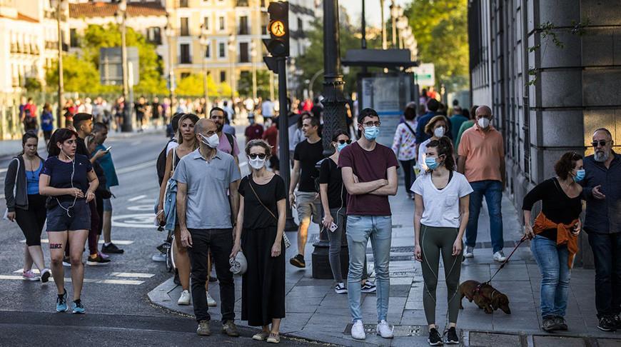 Пандемия в Европе: во Франции продлили режим ЧП, в Италии излечилось сто тысяч человек, в Испании снижается смертность