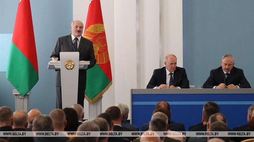 Лукашенко о развитии Беларуси: жить можно, надо только чтобы побыстрее все вышли из пандемии