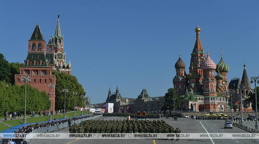 Лукашенко присутствует на параде Победы на Красной площади в Москве