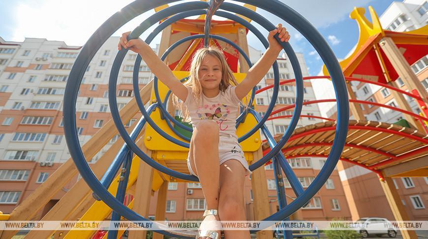 Волонтеры БРСМ благоустроят детские площадки в Гомельской области