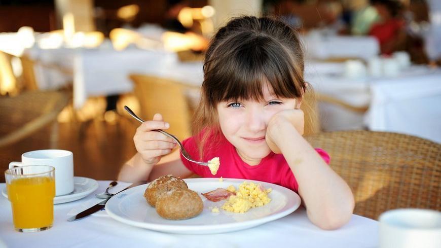 42 % нарушений связано с организацией питания детей
