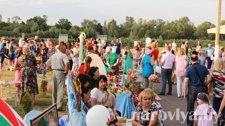 Видео. Акция «Вместе за Беларусь!» прошла в Наровле