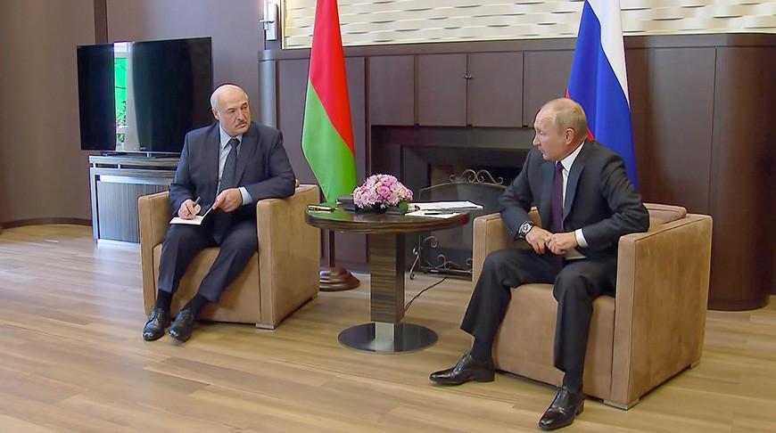 «Надо теснее держаться с нашим старшим братом» — Лукашенко о сотрудничестве с Россией