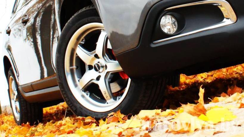 Как подготовить автомобиль к осени? Рассказывает начальник СТО