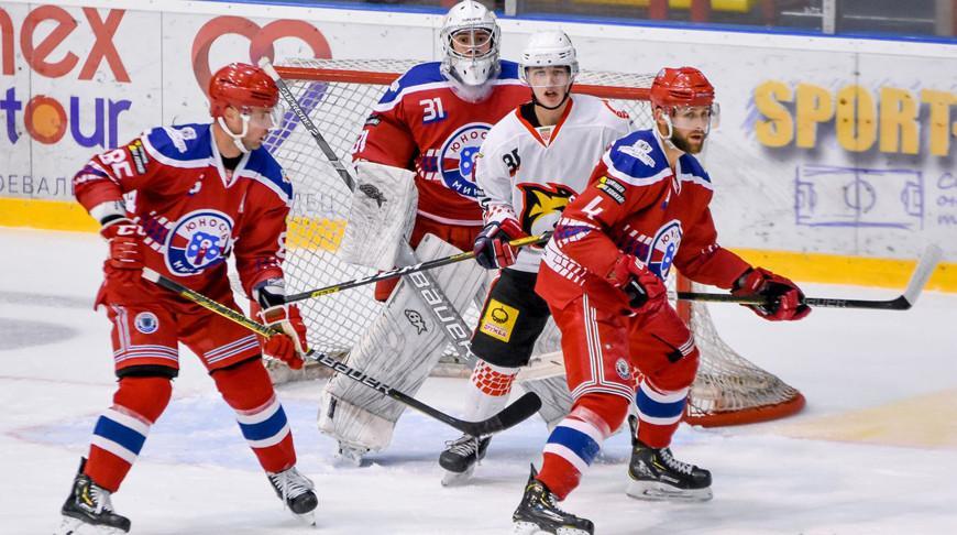Хоккеисты «Гомеля» крупно обыграли «Юность» в матче чемпионата Беларуси