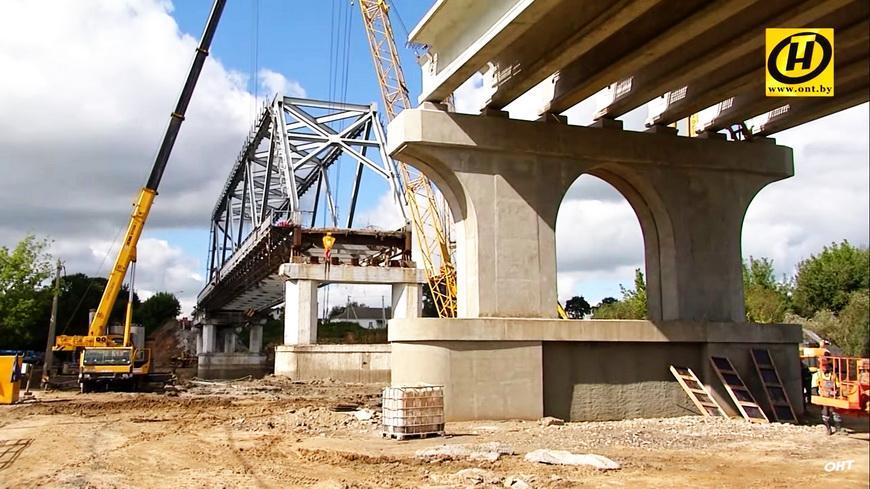 Видео. Уникальное архитектурное решение: мост через Днепр в Рогачёве