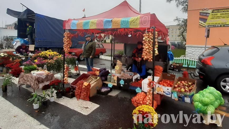 В Наровле прошла осенняя ярмарка «Пакроўскі кірмаш»