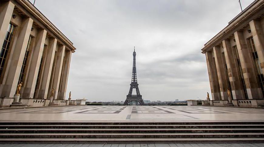 В Париже ужесточаются меры по борьбе с коронавирусом