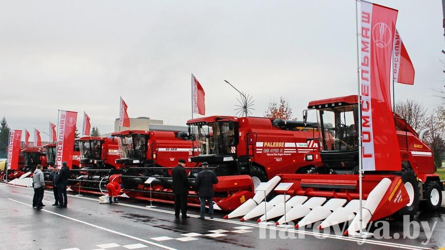 «Настоящий гигант, задающий тренды» — Лукашенко поздравил «Гомсельмаш» с 90-летием