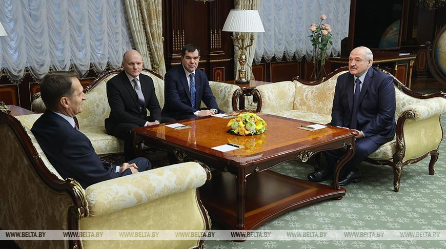 Президент подчеркивает важность совместной работы спецслужб Беларуси и России с учетом внешней обстановки