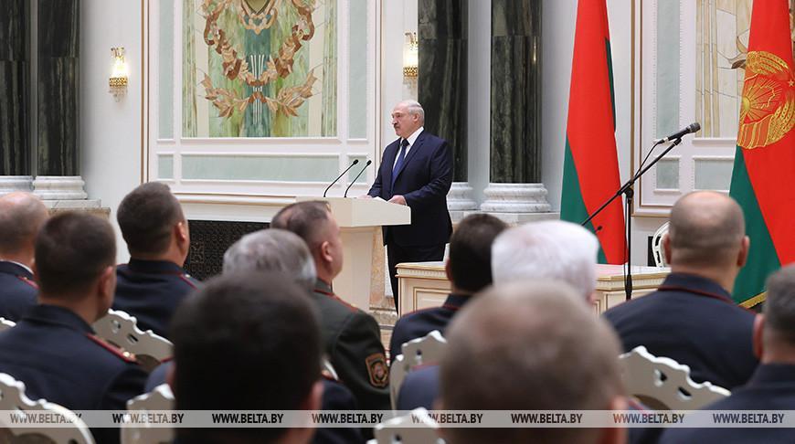 Лукашенко отреагировал на рассуждения о закате политической карьеры Президента: «Да не дождетесь!»