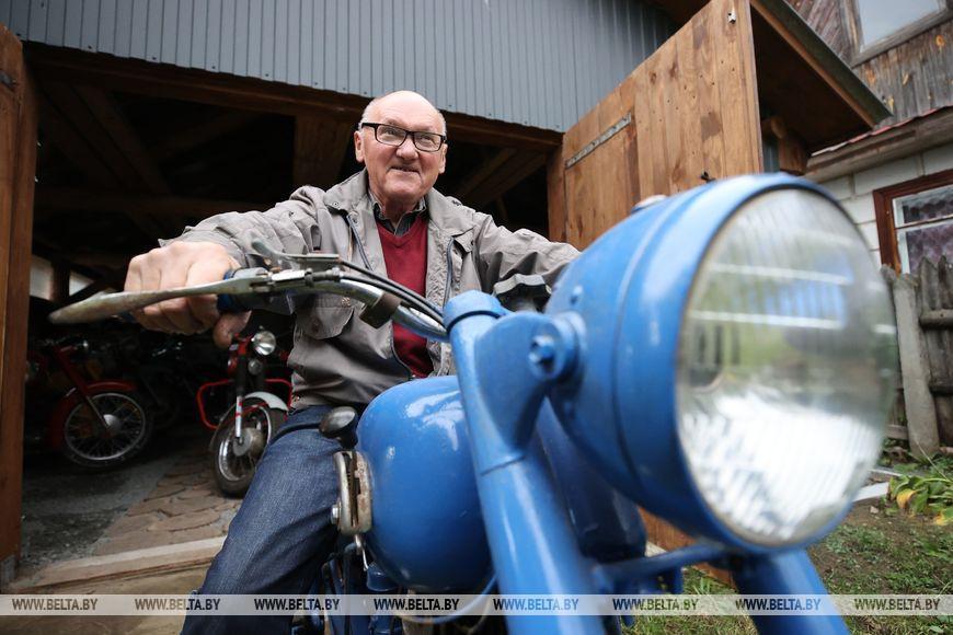 «Иж», «Паннония» и «Муравей» — пенсионер из Поречья собрал коллекцию ретромотоциклов