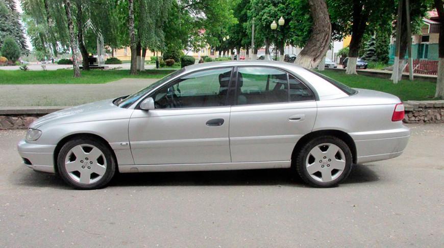 Гомельчанин незаконно ввез в Беларусь 12 легковых автомобилей