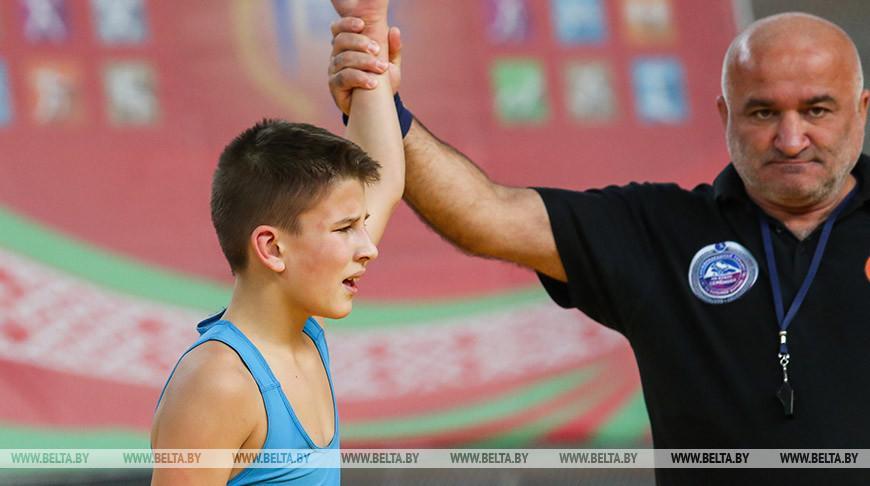 Около 200 юных борцов соберутся в Бресте на турнир памяти Владимира Карвата