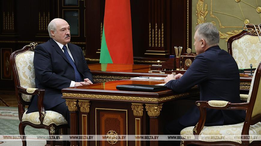 Лукашенко гарантирует профсоюзам поддержку власти на всех уровнях