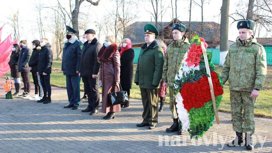 Наровля празднует 77-ю годовщину освобождения от немецко-фашистских захватчиков