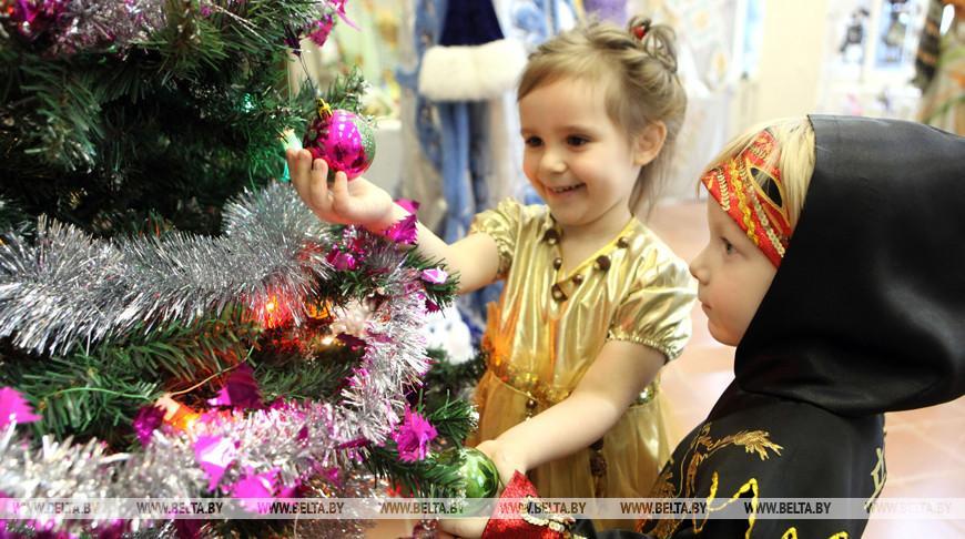 Новогодние мероприятия готовят для детей профсоюзы