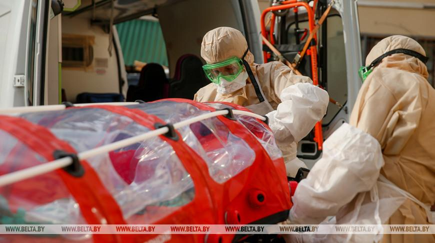 Лукашенко гарантировал сохранение доплат медикам за работу с ковидными больными