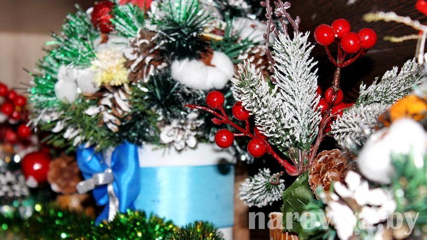 С советскими новогодними украшениями и открытками познакомит выставка в Гомеле