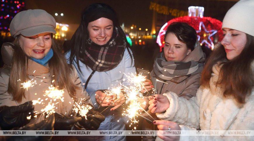 Конкурс на лучшее новогоднее поздравление города стартовал в Гомеле