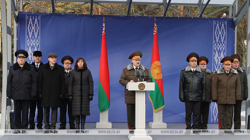 Лукашенко: наш долг — сохранить страну