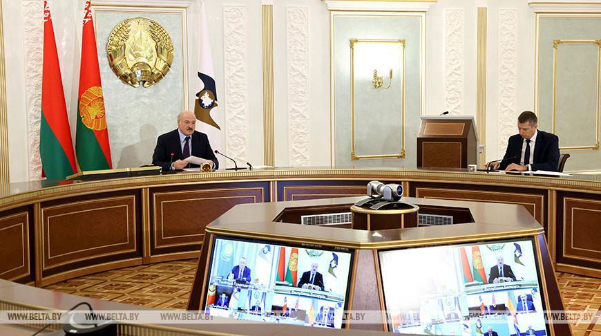«Этот год стал настоящим испытанием на прочность» — главное из выступления Лукашенко на саммите ЕАЭС