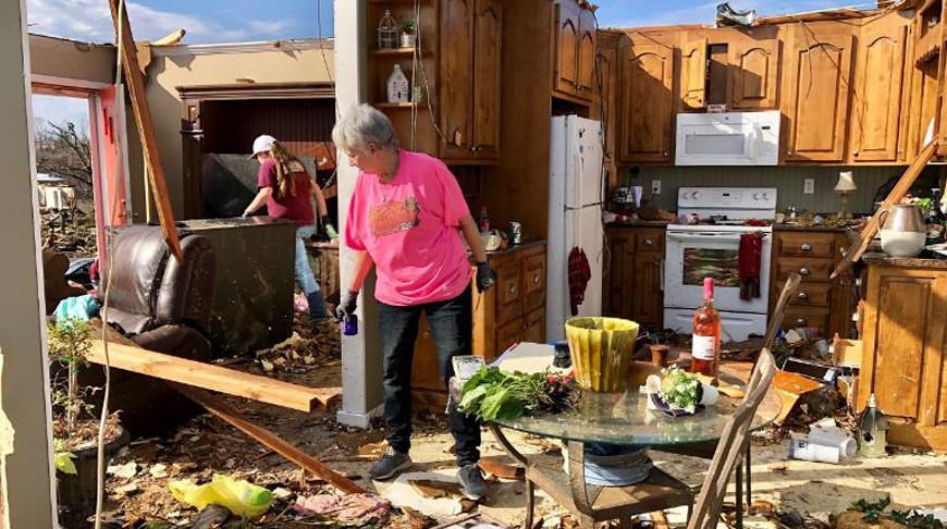 Мощный торнадо обрушился на Алабаму