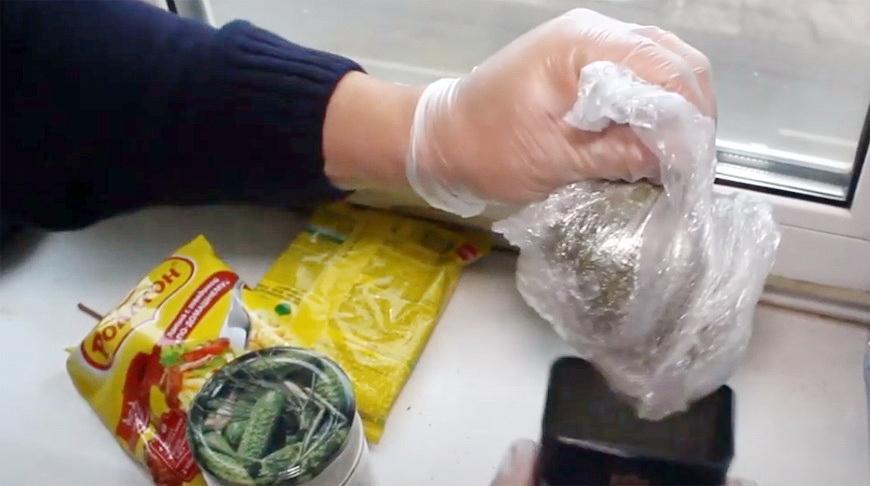 Видео. Гомельчанин хранил дома более 5 кг марихуаны
