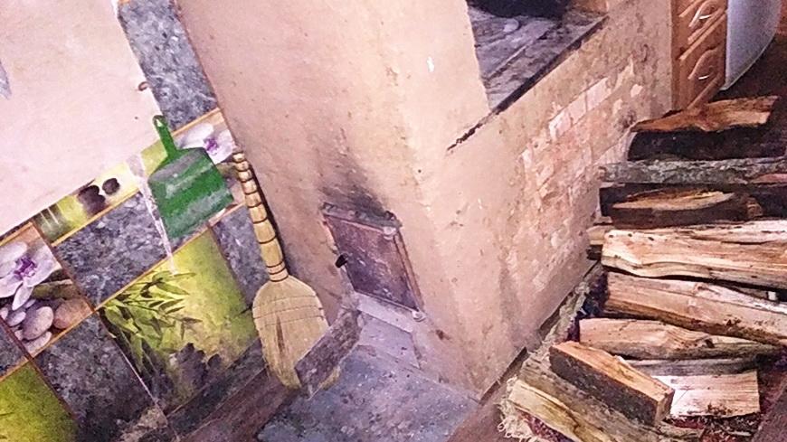 В Калинковичах подросток получила ожоги при розжиге печи