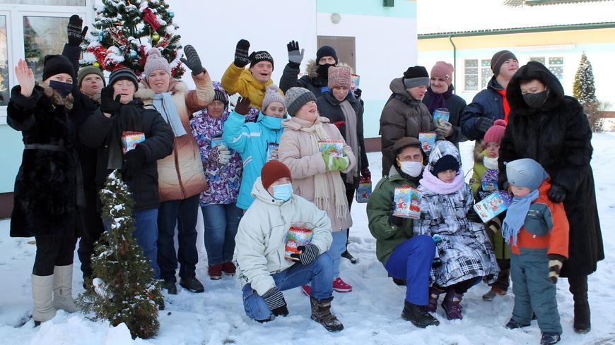 Профсоюзы области направили около Br300 тысяч на проведение новогодней акции «Профсоюзы –детям»