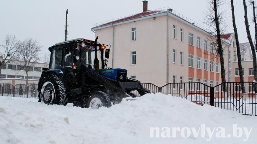 Фото. Посмотрите, как Наровлю накрыло снегом