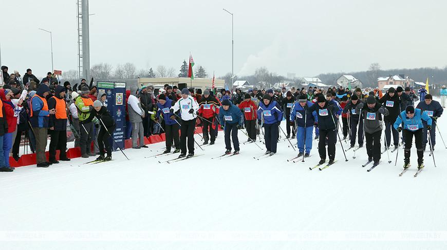 Более 1 тыс. спортсменов-любителей собрал праздник «Гомельская лыжня — 2021»