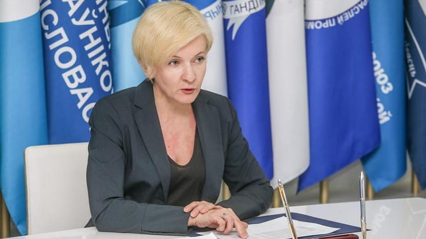 Елена МАНКЕВИЧ: «Профсоюзы системно работают над улучшением социальных гарантий для тех, кто трудится в особых условиях»