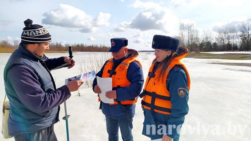 Спасатели провели рейд по затонам Припяти