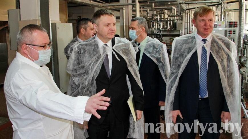 Министр экономики Александр Червяков посетил Наровлянский район