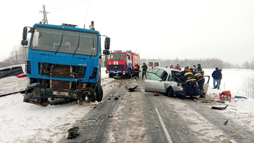 В Житковичском районе при ДТП погиб один из водителей