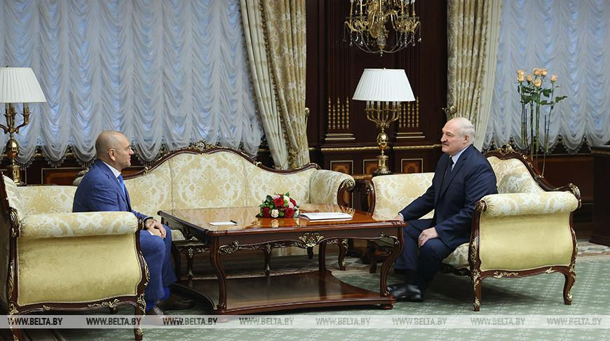 «Надеюсь, что это будет добрым сигналом» — Лукашенко о встрече с депутатом Верховной рады Украины Евгением Шевченко
