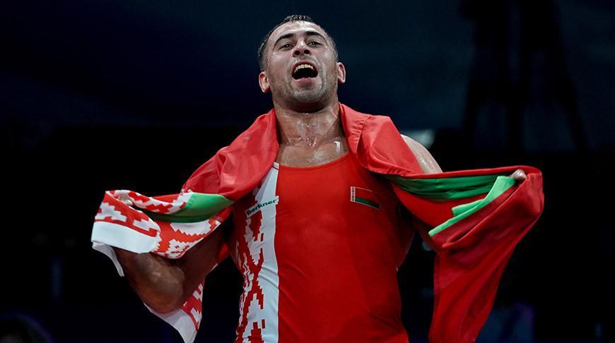 Белорусский борец Кирилл Грищенко победил сенегальца Умара Кейна на турнире в Сингапуре