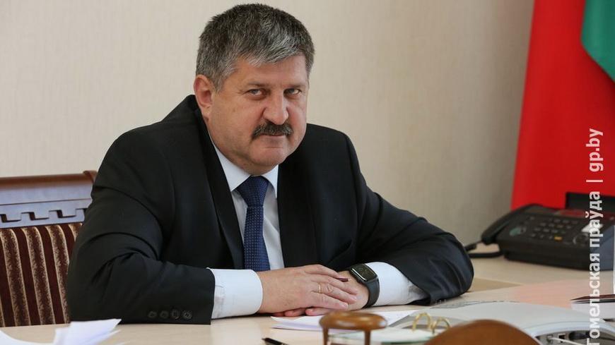 О масочном режиме и подключении интернета: Геннадий Соловей провел прямую линию