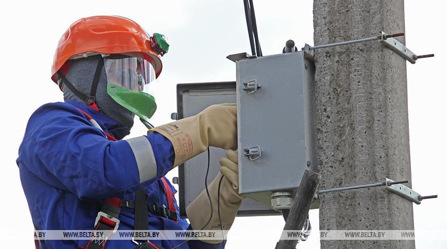 Электроснабжение за сутки нарушалось в 330 населенных пунктах Беларуси