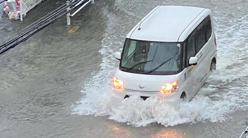 Население юга Японии призвали к скорейшей эвакуации из-за мощных ливней