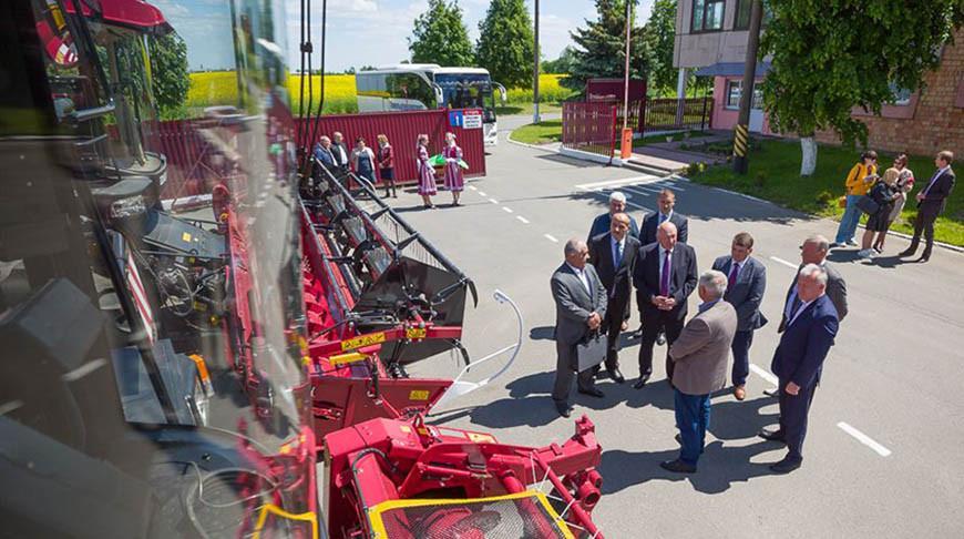 Гомельская и Омская области заинтересованы в укреплении сотрудничества в АПК