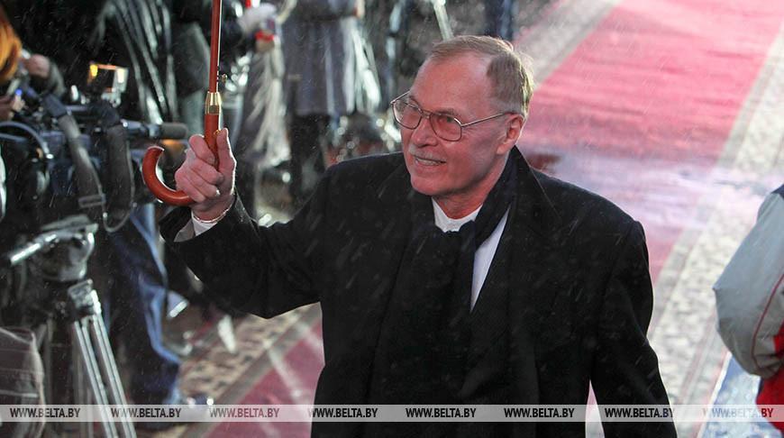 Путин наградил народного артиста Беларуси Владимира Гостюхина орденом Дружбы
