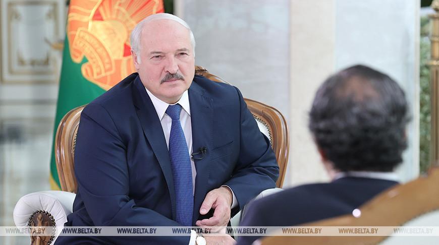 Санкции, инцидент с самолетом, отношения с Западом и миграция — подробности интервью Лукашенко Sky News Arabia