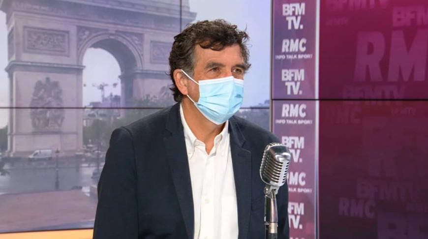 Во Франции осенью прогнозируют новую волну коронавируса из-за штамма «Дельта»