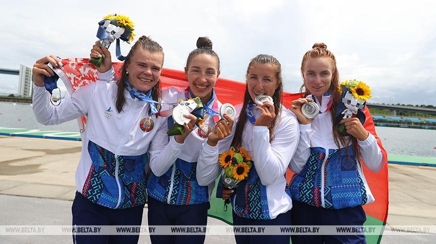 Женская байдарка-четверка выиграла серебро Олимпиады на дистанции 500 м