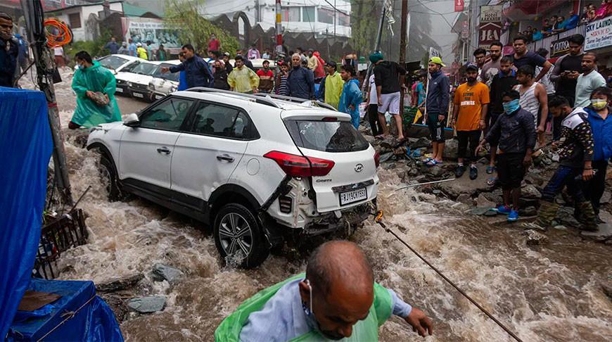 Около 250 тыс. человек в Индии остались без крова из-за наводнения