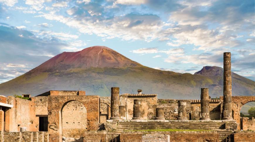 В Помпеях нашли мумию священнослужителя