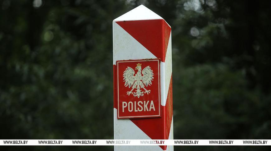 Лукашенко: Польша устроила конфликт на границе с Беларусью